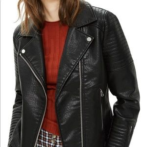 Like new Topshop faux leather jacket!